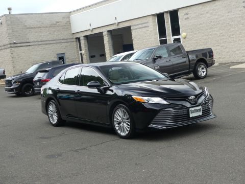 Pre-Owned 2018 Toyota Camry XLE V6 Auto (Natl)