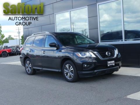 Pre-Owned 2018 Nissan Pathfinder FWD SV